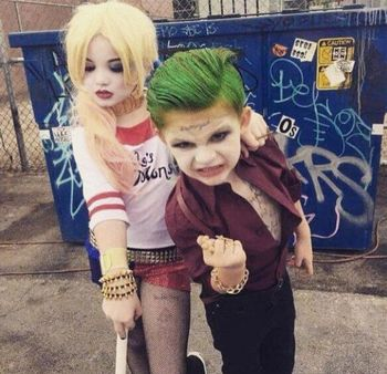 Suicide_Squad-The_Joker-Harley_Quinn-Cosplay.jpg